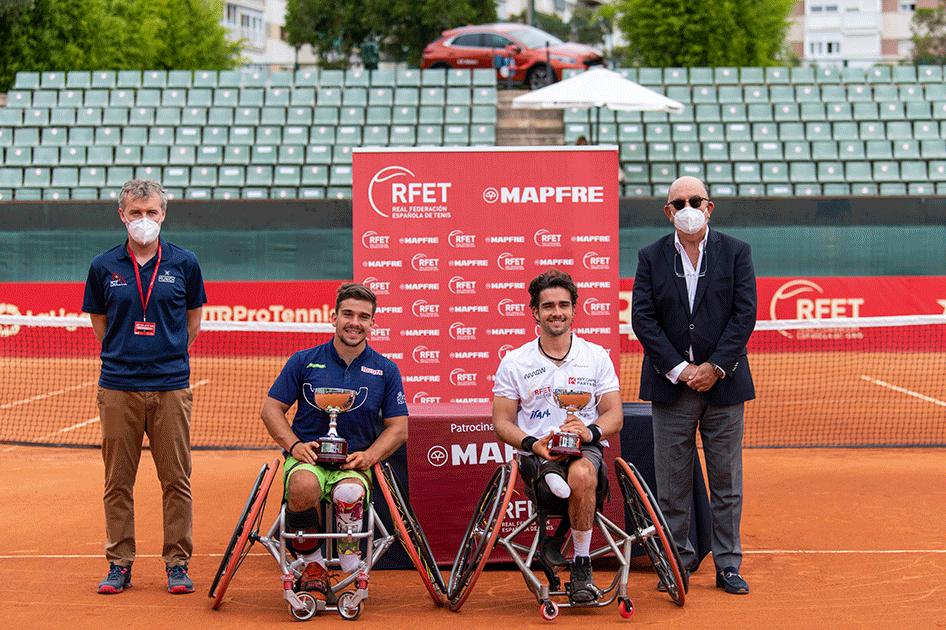 Martín de la Puente, campeón de la Liga MAPFRE de Tenis en Silla en Barcelona
